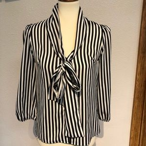 Women's Lovely Day blouse black/white size small